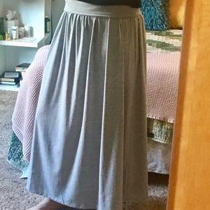 Uniqlo brand Gray Maxi Skirt